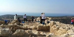 images Galinoporni Excavations North-Cyprus-News-Dig-on-Kings-Mountain-Kaleburnu